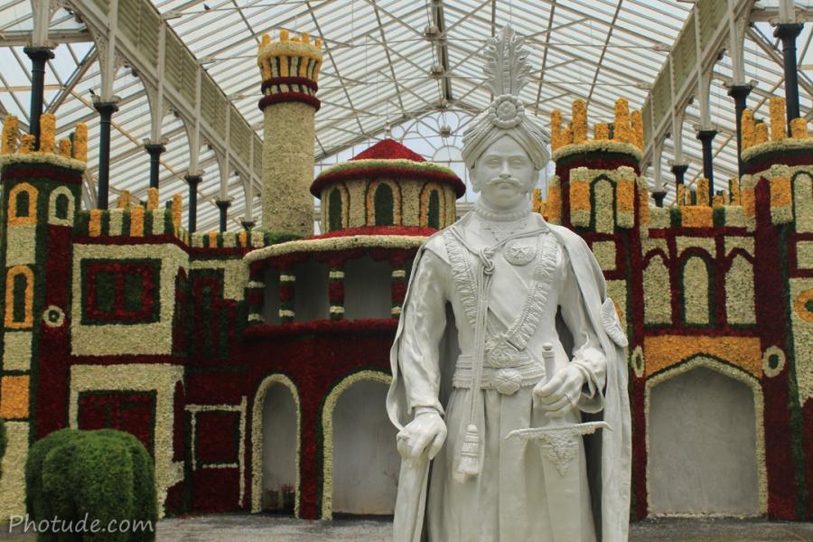 Kings Statue