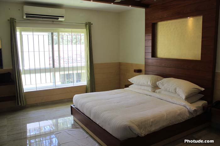 Villa Rooms