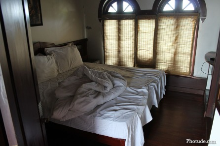 Bedroom Houseboat
