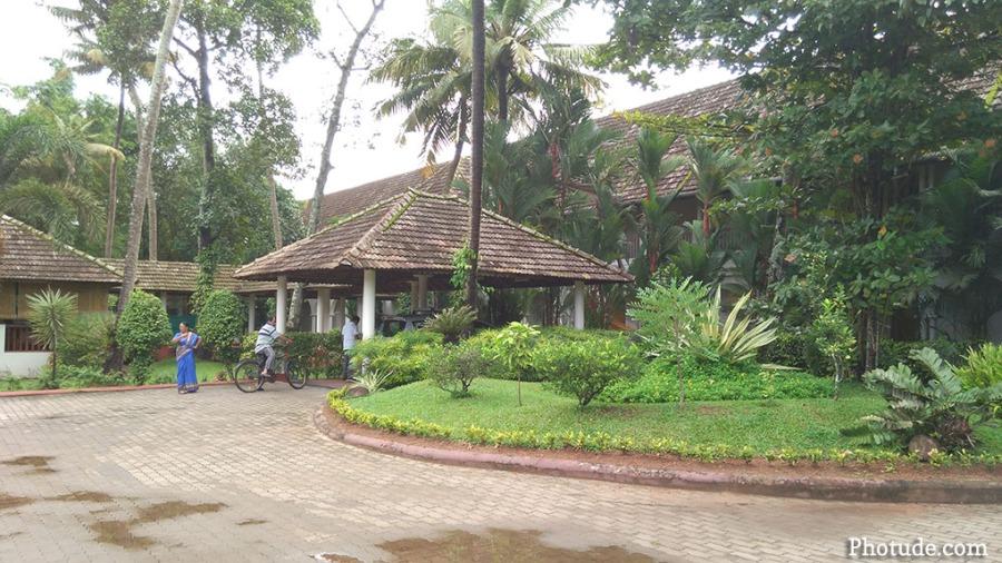 Lemon Tree Resort Alleppey